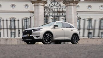 DS 7 Crossback E Tense 2