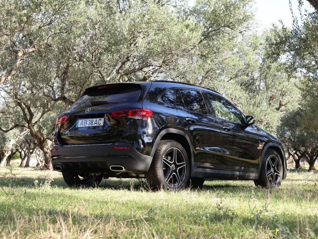 Mercedes Benz GLA 200 d 34