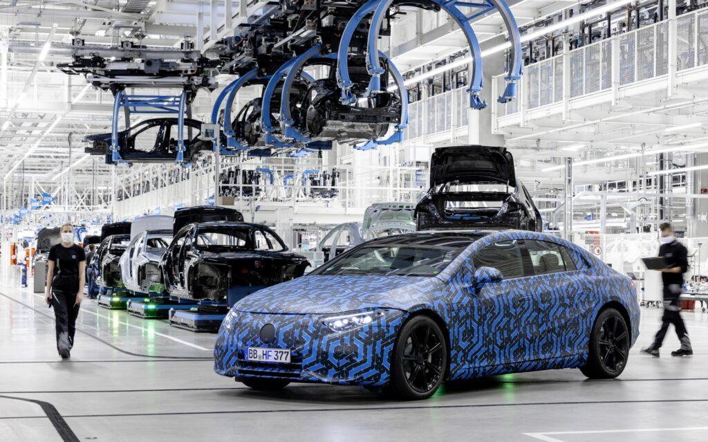 Mercedes EQ EQS