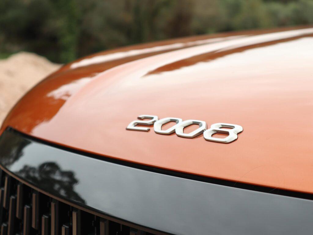 Peugeot 2008 Puretech GT Line 12