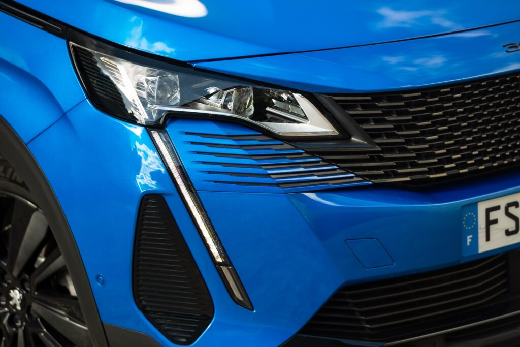 Peugeot 3008 HYbrid 2020 3