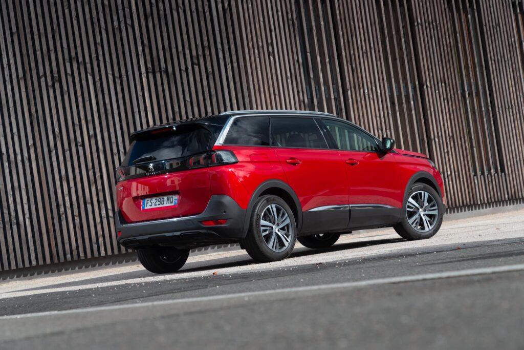 Peugeot 5008 2020 10