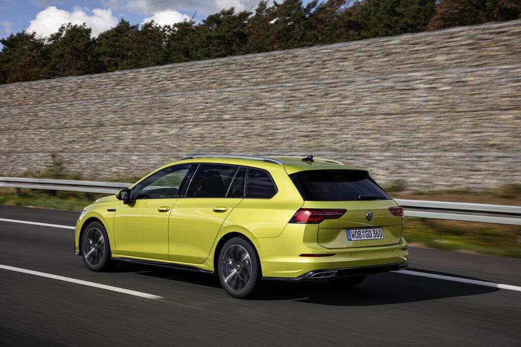 VW Golf Variant pode estacionar sozinho 3