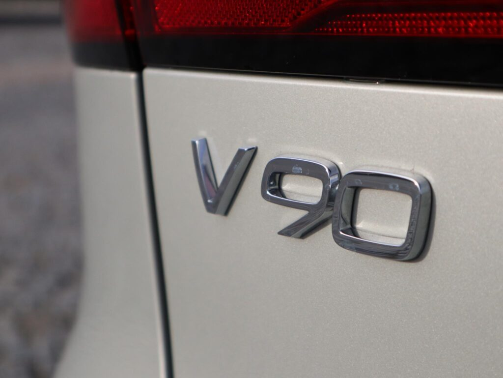 Volvo V90 T6 Recharge 18