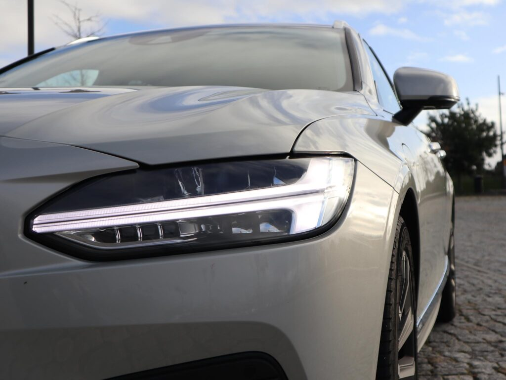Volvo V90 T6 Recharge 19