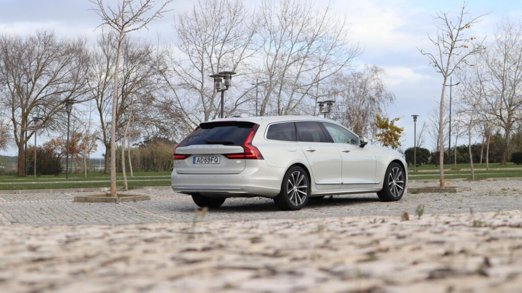Volvo V90 T6 Recharge 31