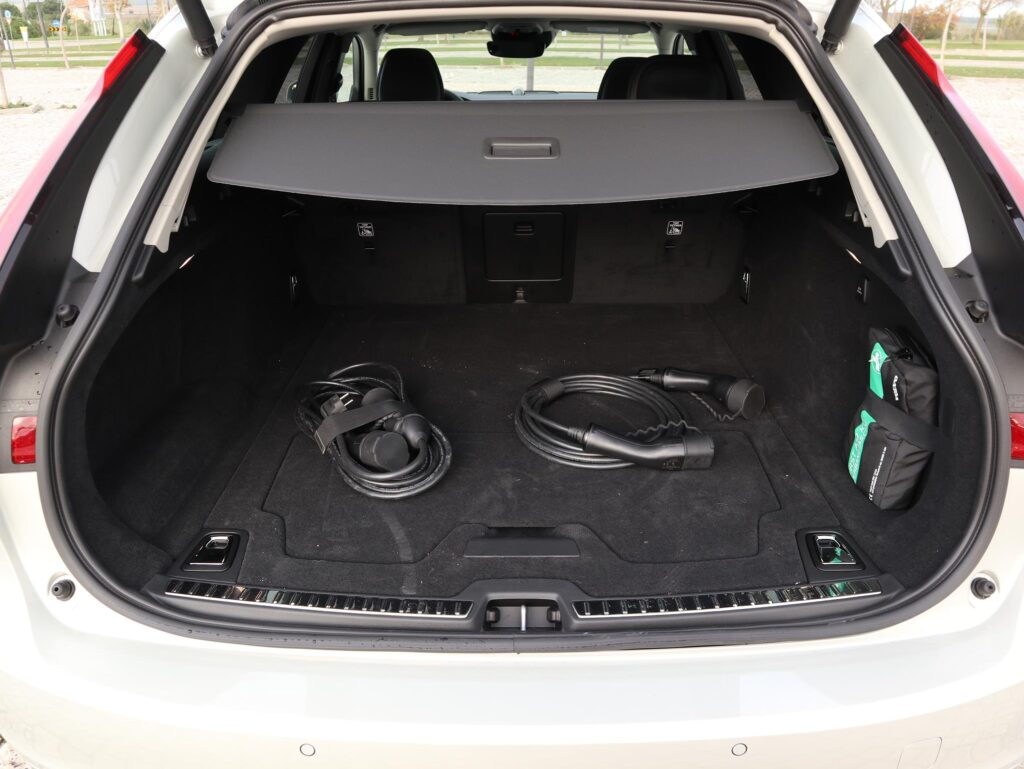 Volvo V90 T6 Recharge 51
