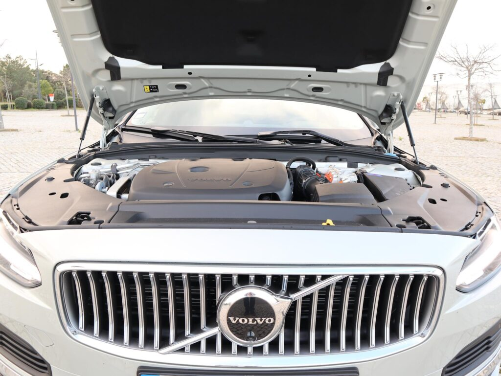 Volvo V90 T6 Recharge 87