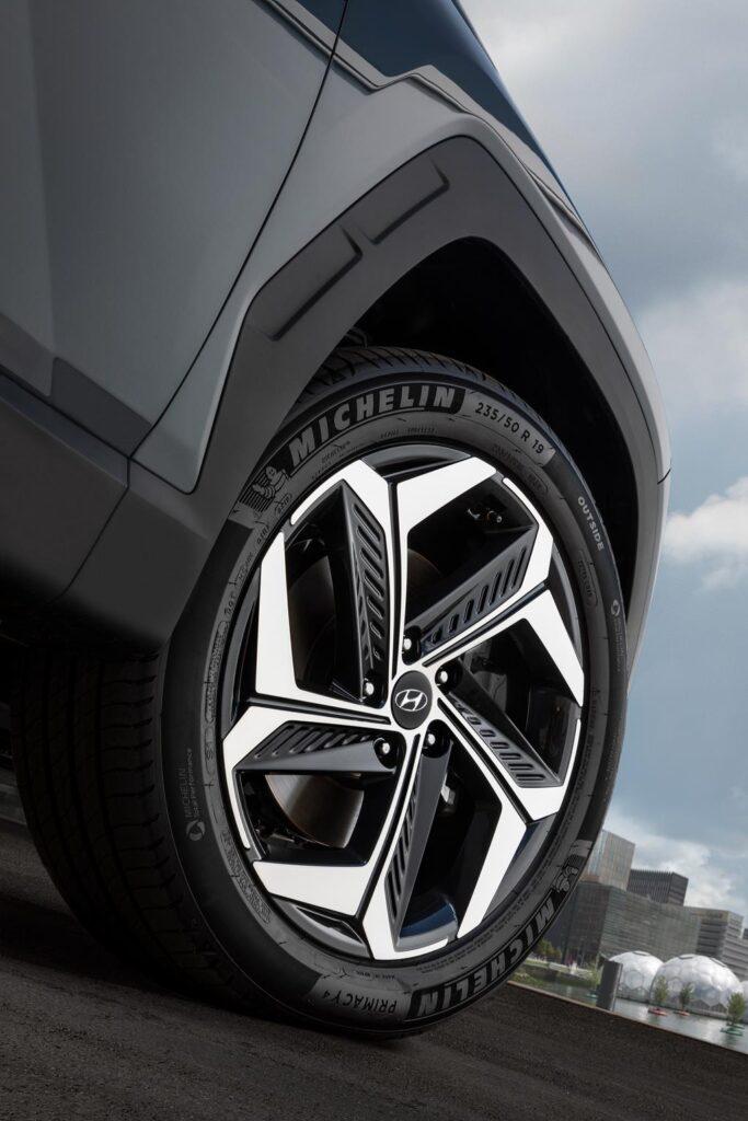 Hyundai Tucson Hybrid NX4 10