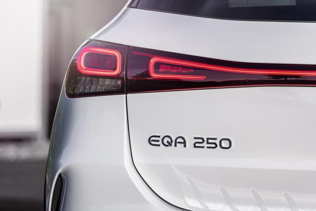 Mercedes EQA 6