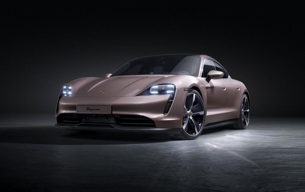 Porsche Taycan 4x2 3