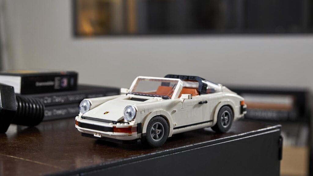LEGO Porsche 911 Lifestyle
