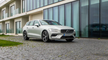 Volvo V60 T6 Recharge Inscription 9
