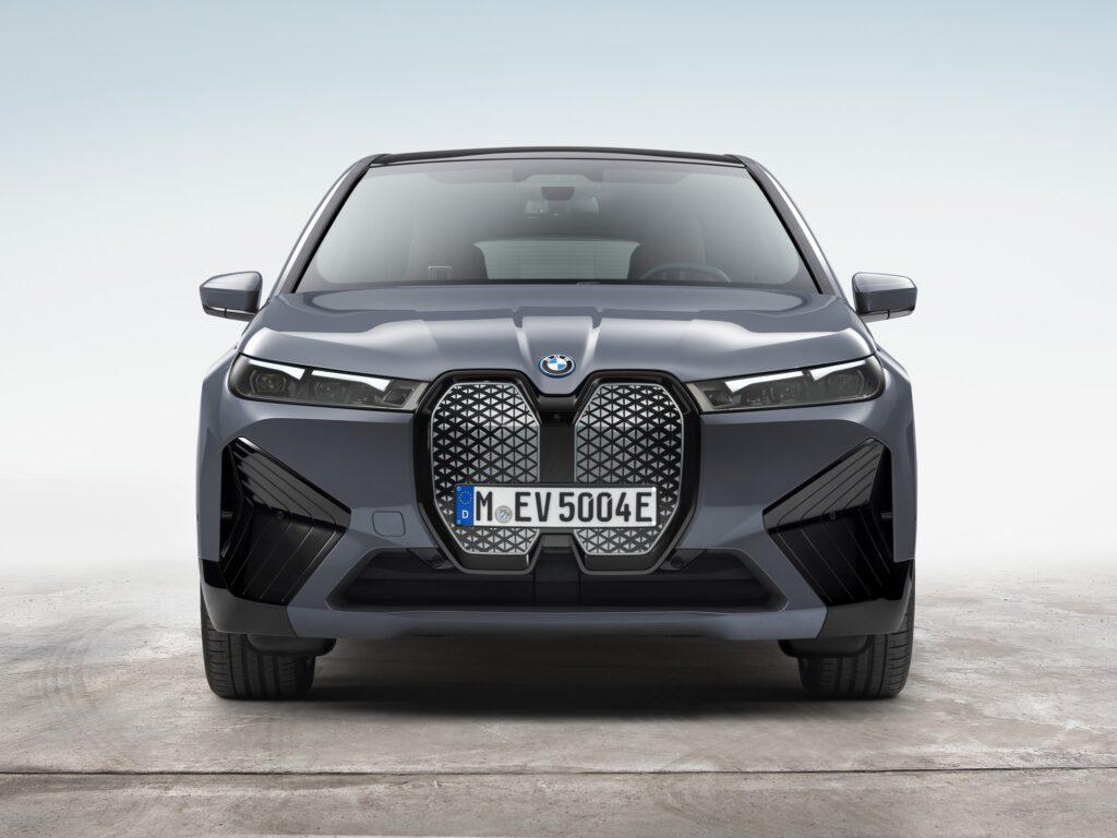 BMW iX 15