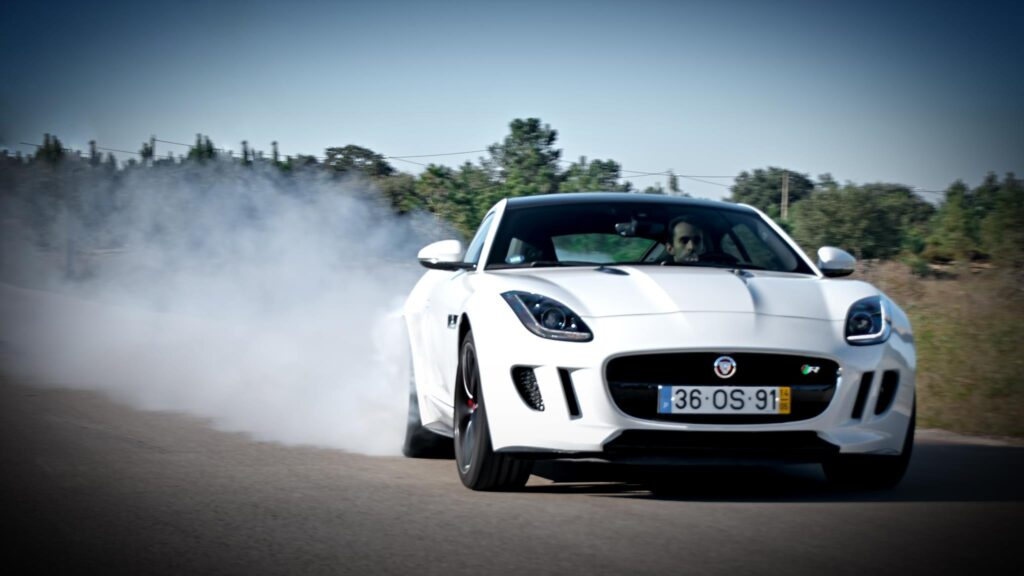 Jaguar F Type Coupé R V8 16