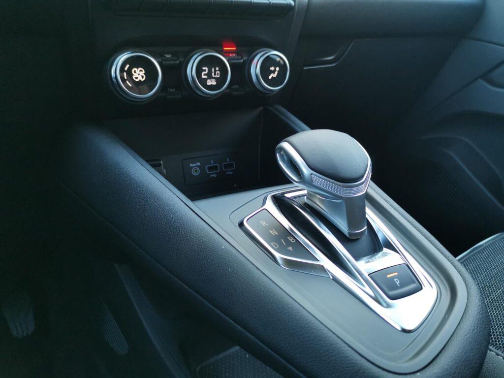 Renault Captur E Tech 57