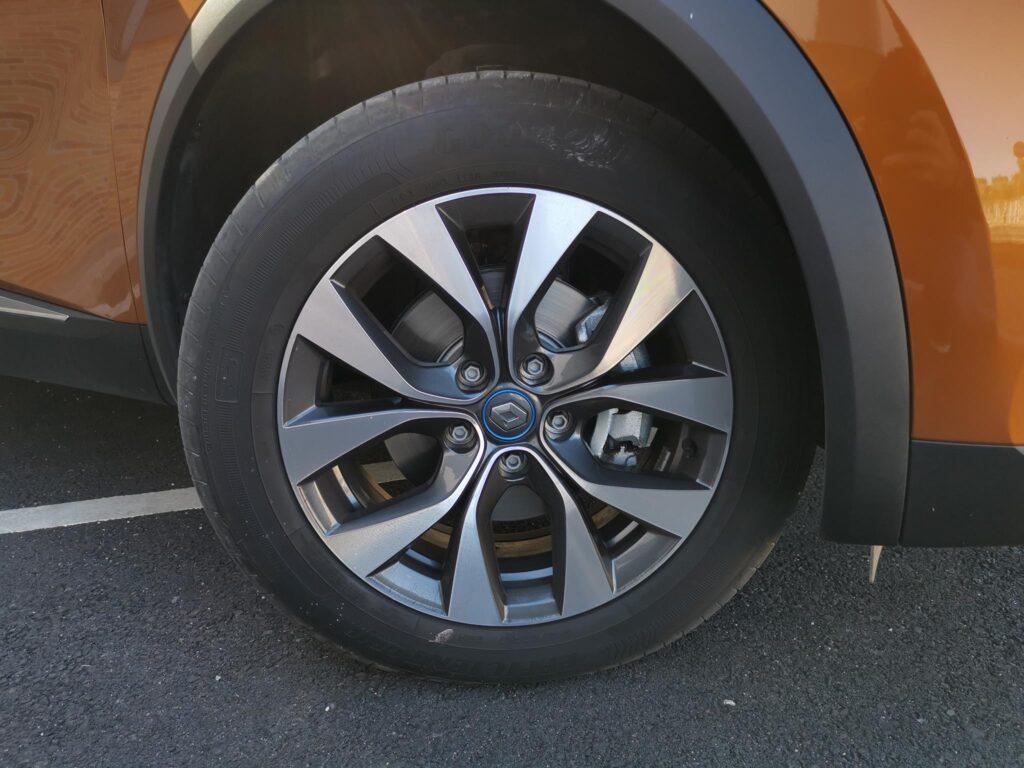 Renault Captur E Tech 72