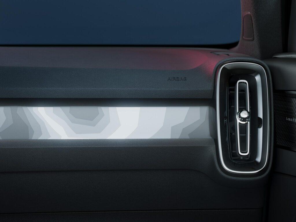 Volvo C40 Recharge 11