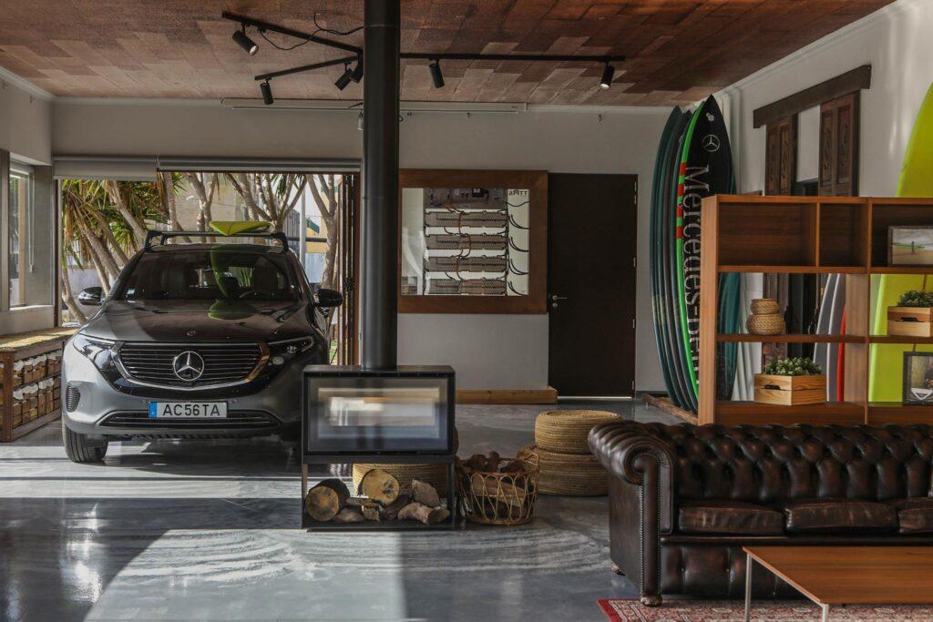 Mercedes EQ Lounge 6