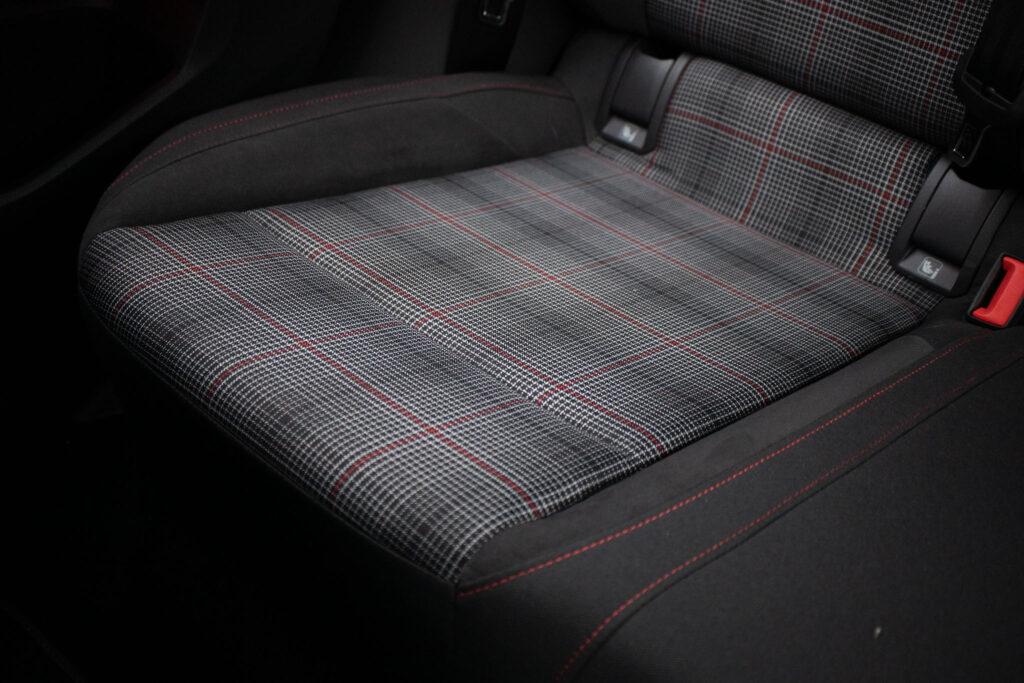 VW Golf GTI 10
