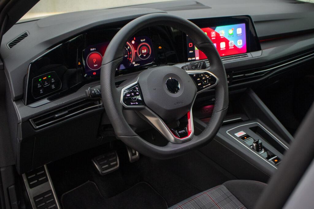 VW Golf GTI 26
