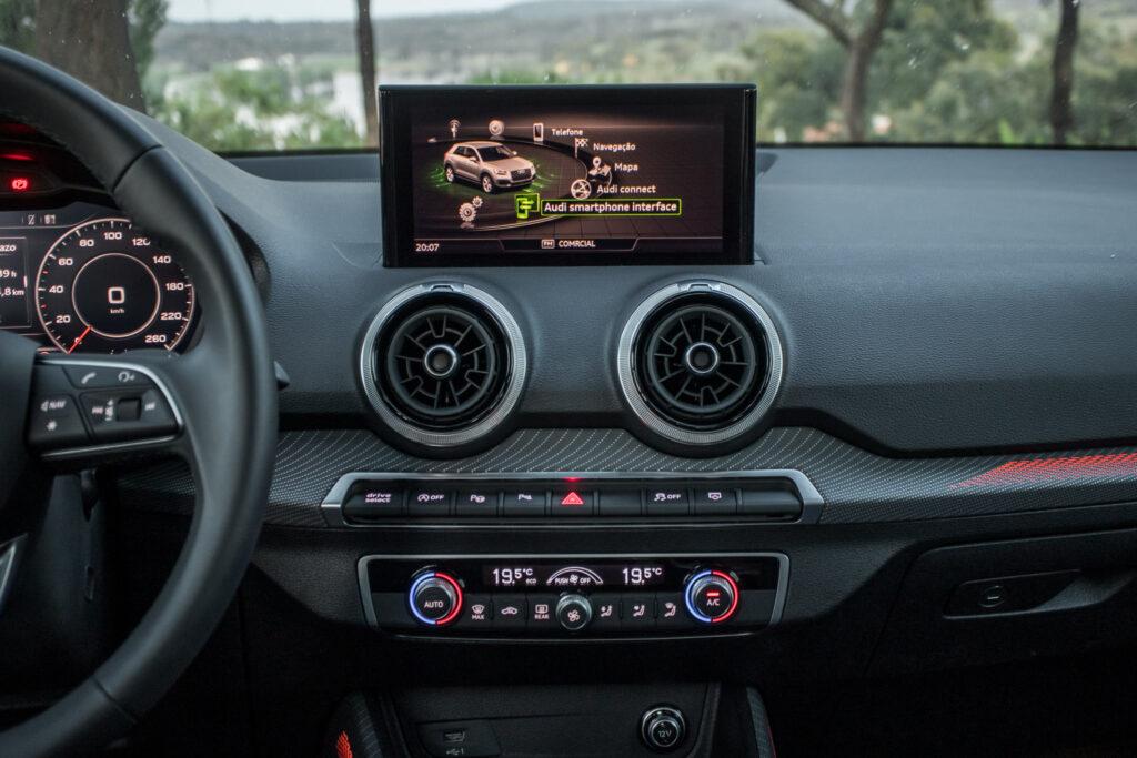 Audi Q2 Sline 1.5 TSI 227