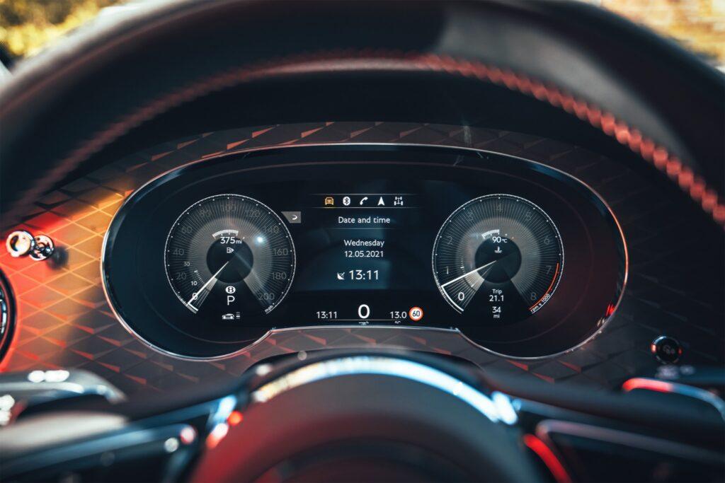 Bentley Bentayga S 19