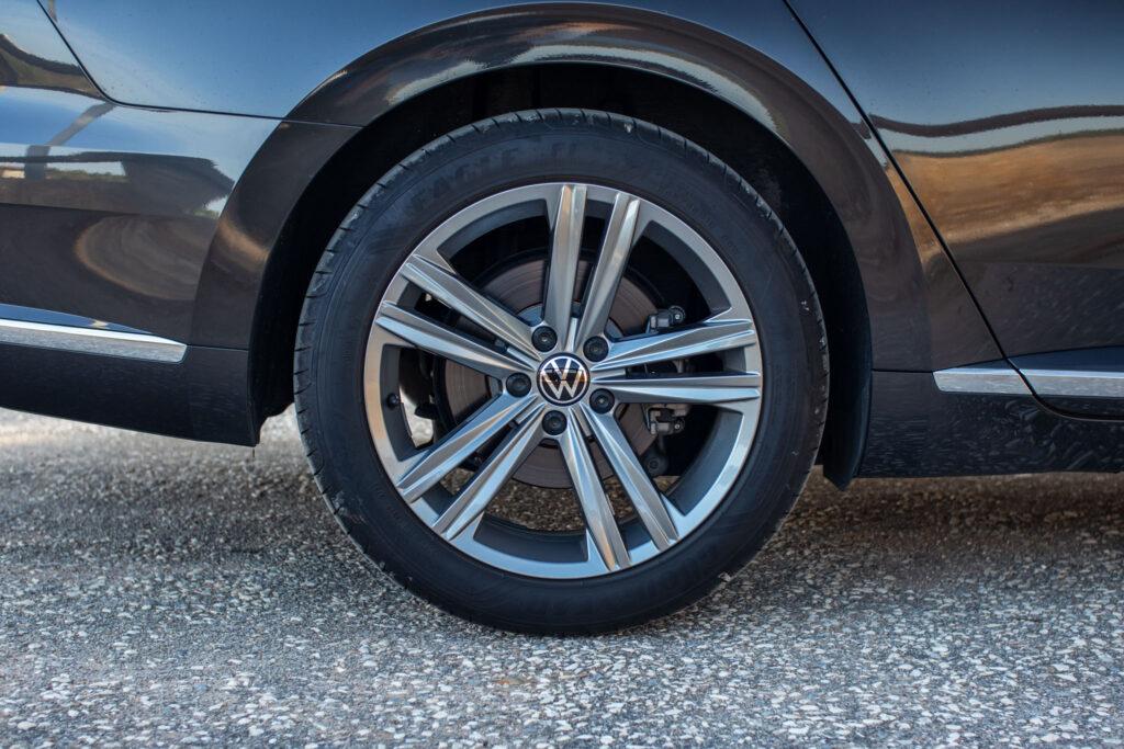 VW Arteon Shooting Brake 89