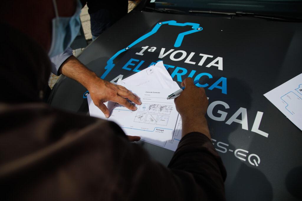 Volta Elétrica a Portugal Mercedes EQA 101