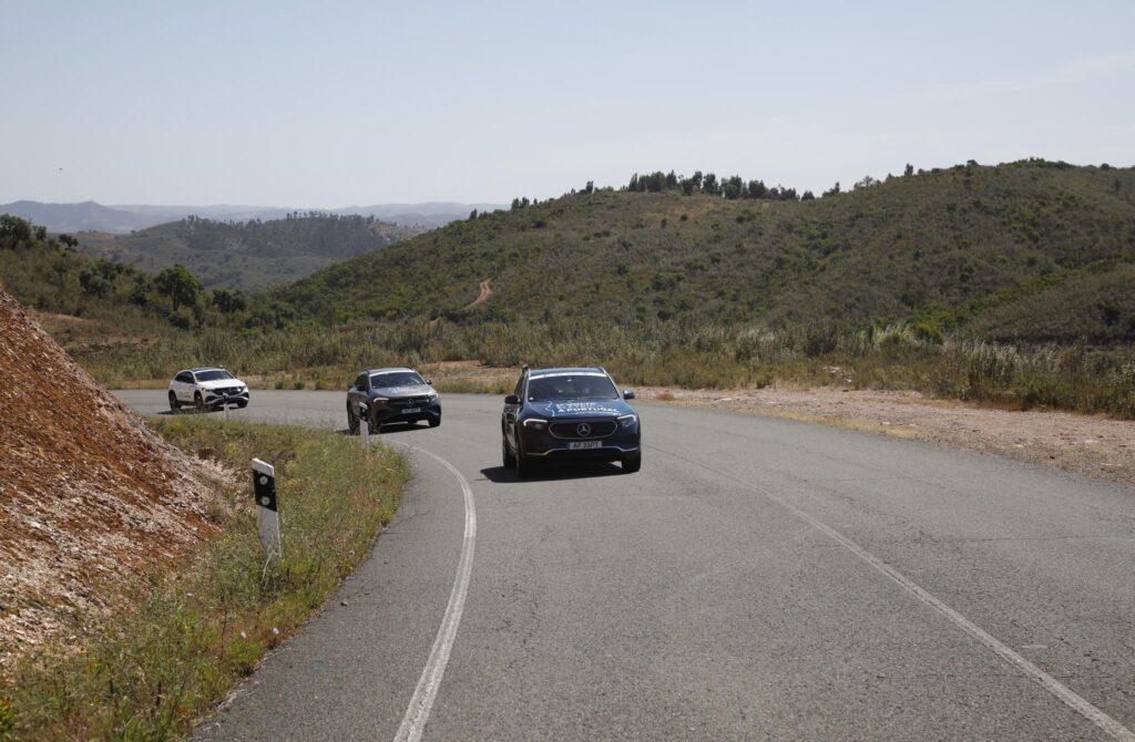 Volta Elétrica a Portugal Mercedes EQA 25