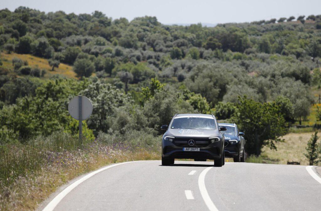 Volta Elétrica a Portugal Mercedes EQA 46