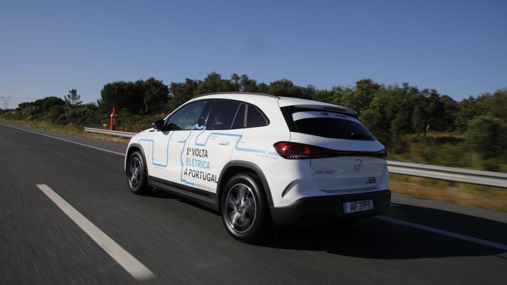 Volta Elétrica a Portugal Mercedes EQA 5