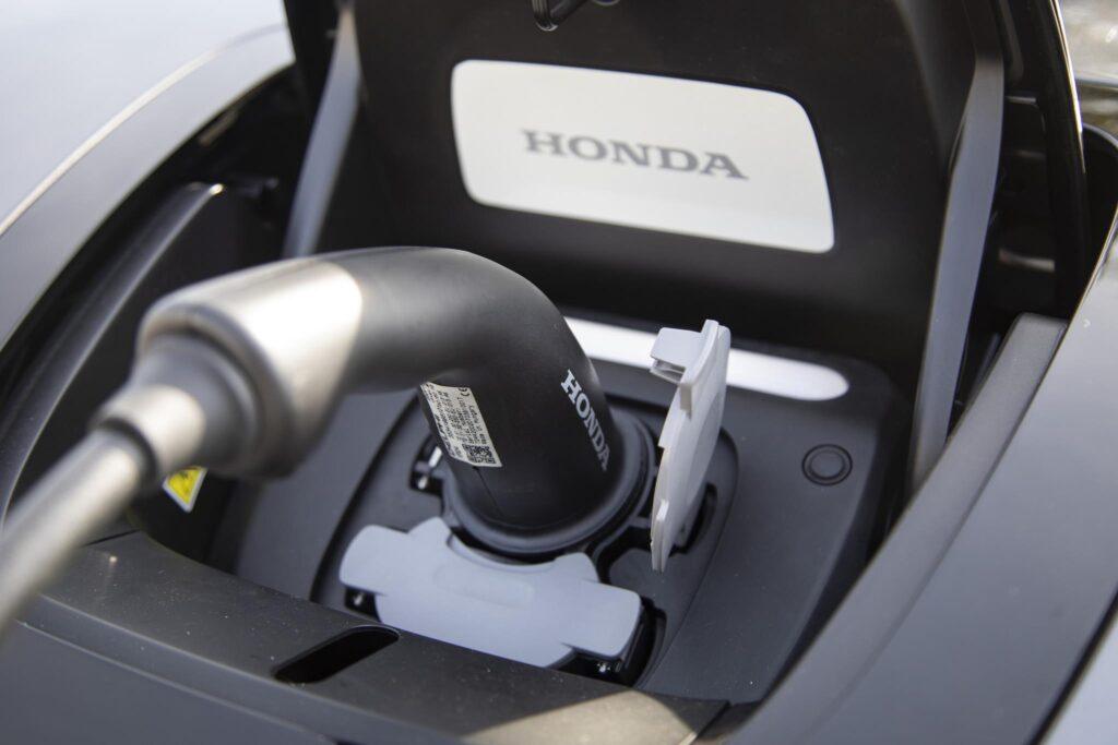 Honda e 32