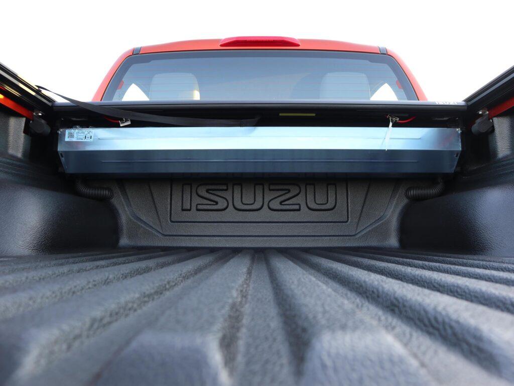 Isuzu D Max 4x4 LSE Auto 25