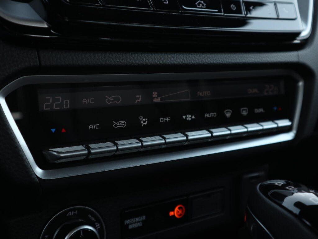 Isuzu D Max 4x4 LSE Auto 89