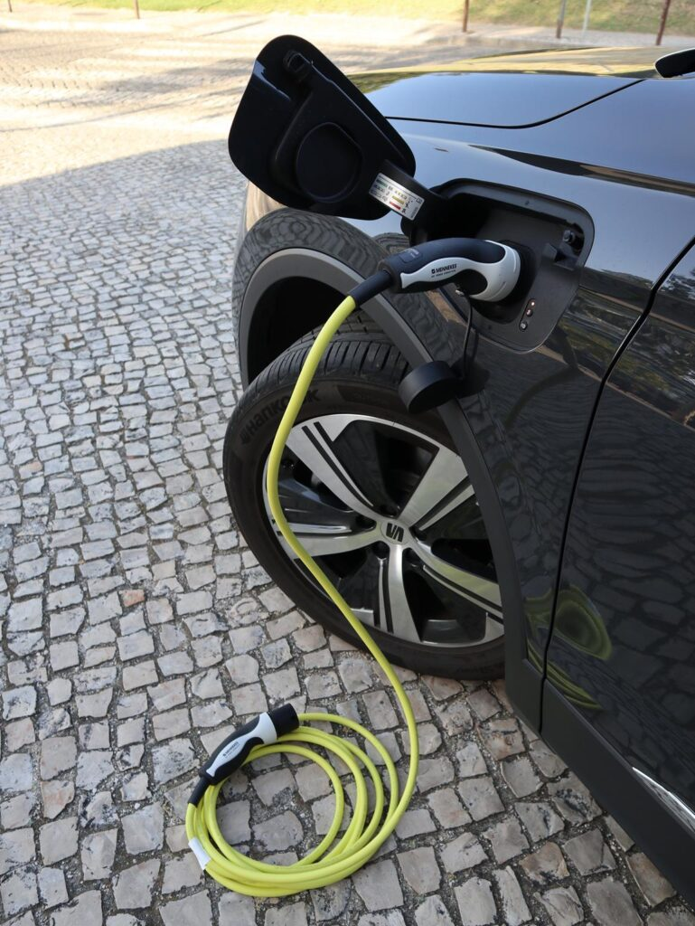 SEAT Tarraco e hybrid 24