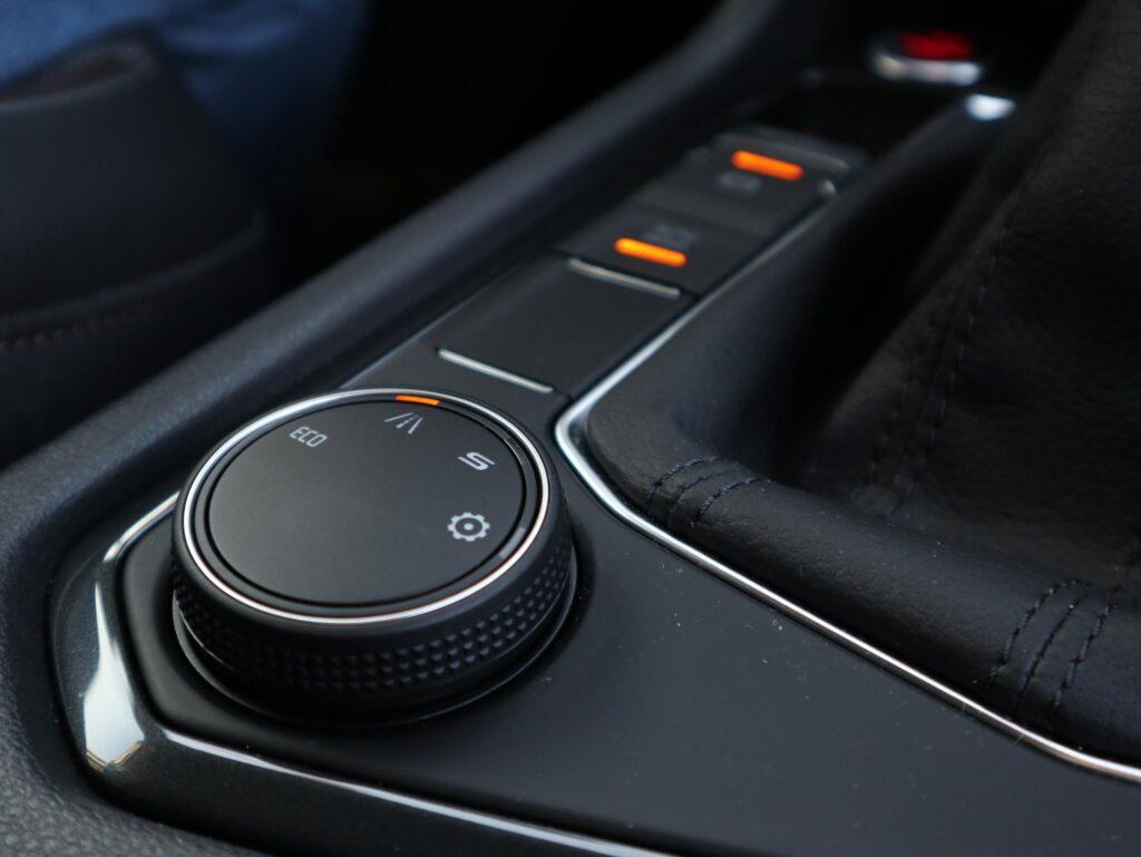 SEAT Tarraco e hybrid 84
