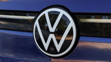Volkswagen ID4 1st Max 3
