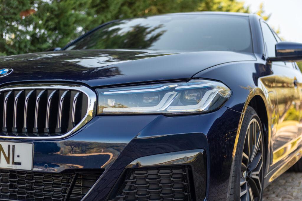 BMW 545e xDrive 12