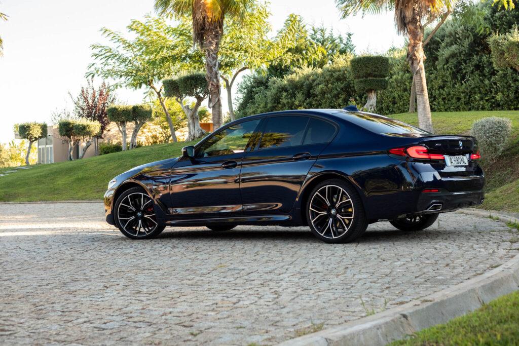 BMW 545e xDrive 292