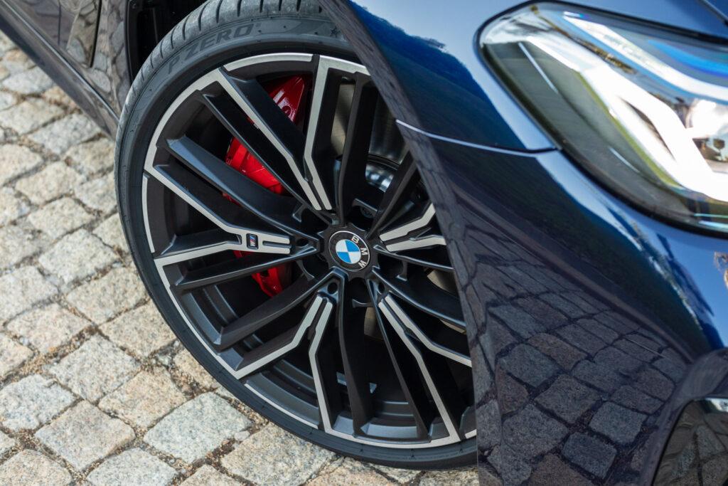 BMW 545e xDrive 313