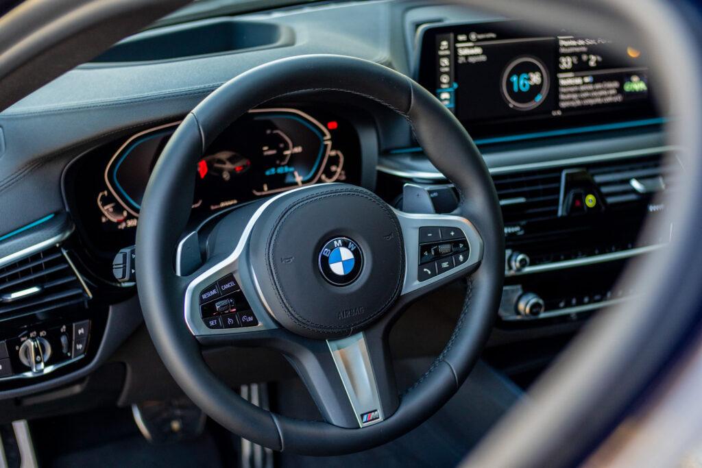 BMW 545e xDrive 34