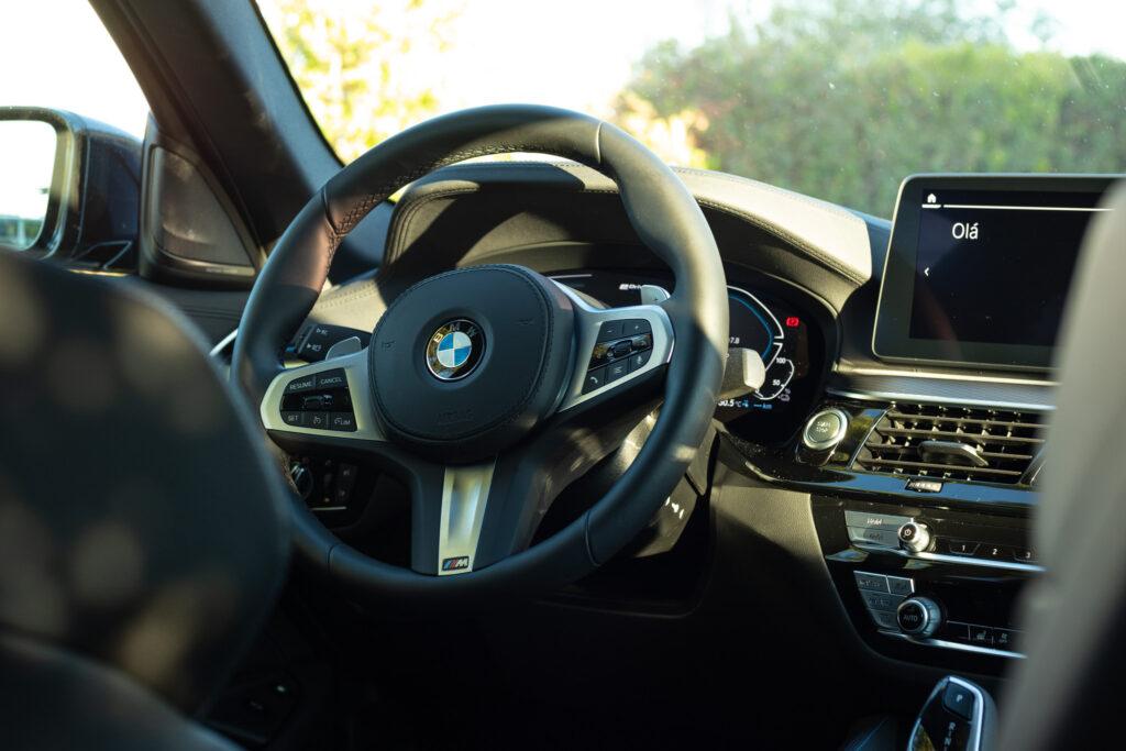 BMW 545e xDrive 354