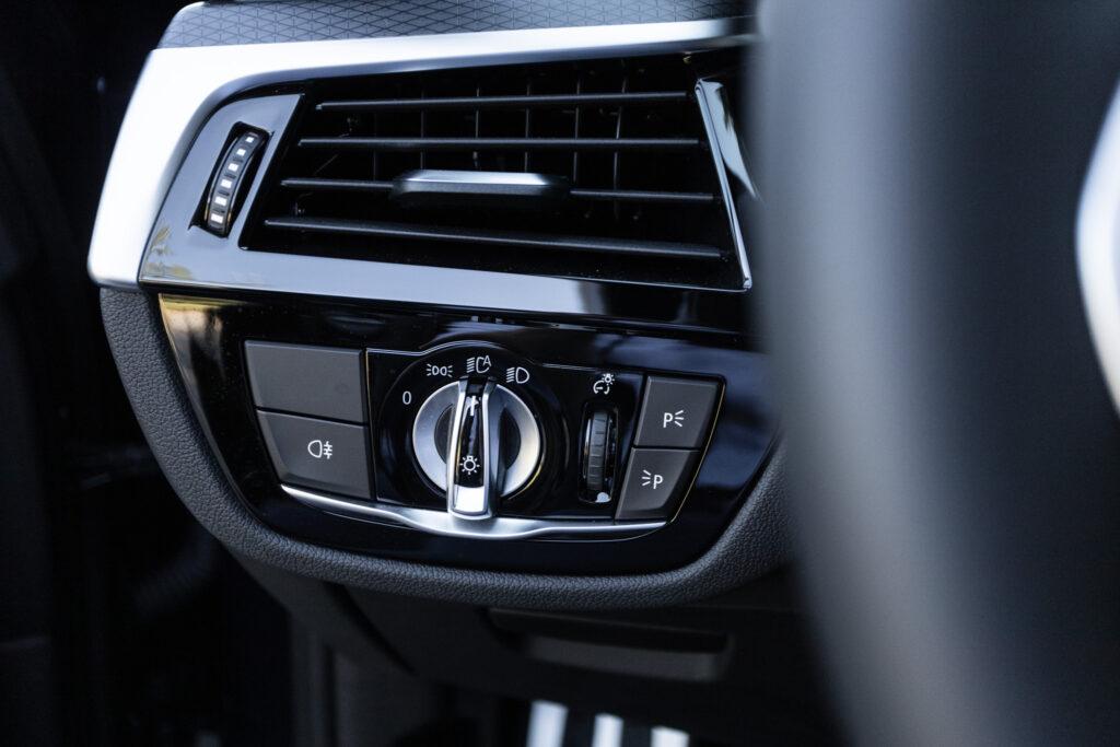 BMW 545e xDrive 39