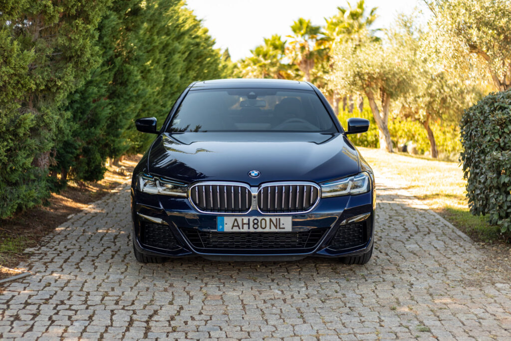 BMW 545e xDrive 6