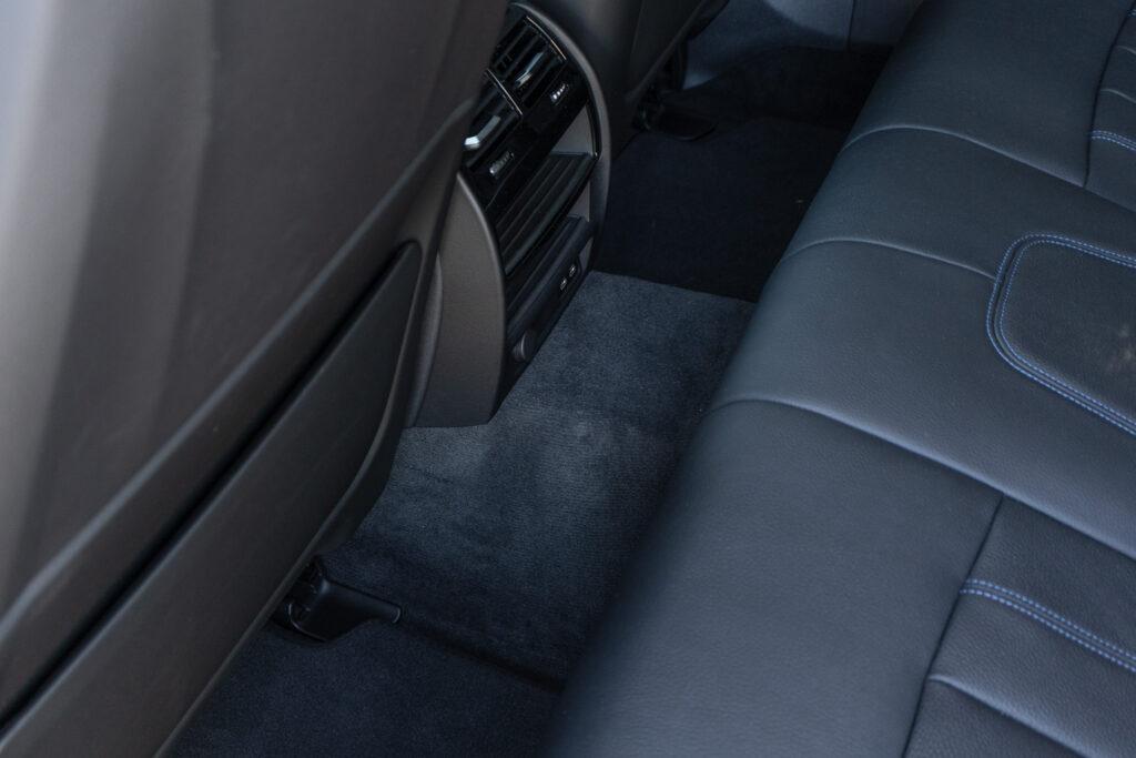 BMW 545e xDrive 64