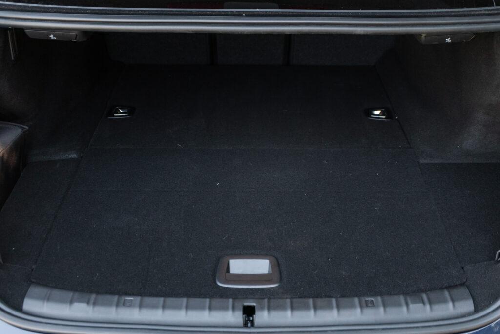 BMW 545e xDrive 94