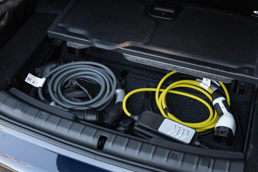 BMW 545e xDrive 97